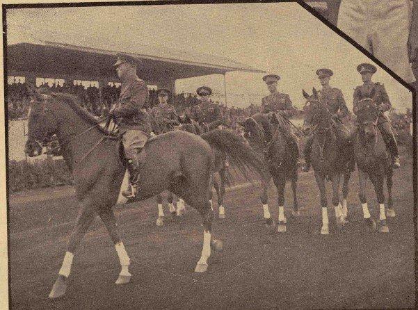 Parada celor 5 membri ai echipei naționale din 1938
